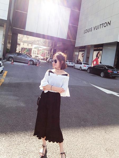 克妹Ke-Mei【AT51245】浪漫女人風撞色吊頸露肩雪紡上衣+闊腿褲套裝