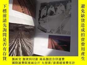 二手書博民逛書店ZAYED罕見a photographic journey 【8