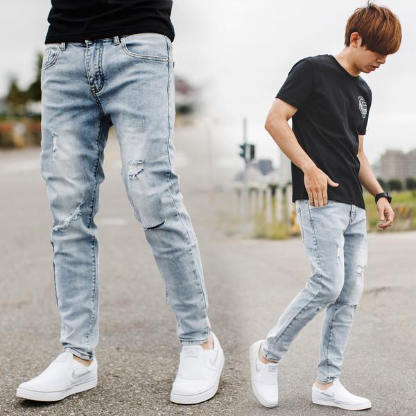 淺藍刷色小刷破刀割合身版牛仔褲