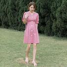 VK精品服飾 韓國風名媛氣質排扣V領收腰素色短袖洋裝