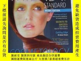 二手書博民逛書店Milady罕見Standard Cosmetology (2012 Metric Edition) 英文原版 有