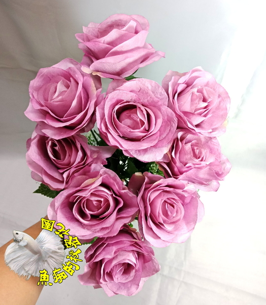 [古典紫] 人造9頭圓玫瑰花束 仿真玫瑰花 假玫瑰花☆插花.居家.店面.櫥窗.玄關.大廳擺設☆
