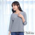 Victoria 脅開拉鍊拼接蕾絲寬鬆七分袖T-女-藍白細條-Y8508258(領劵再折)