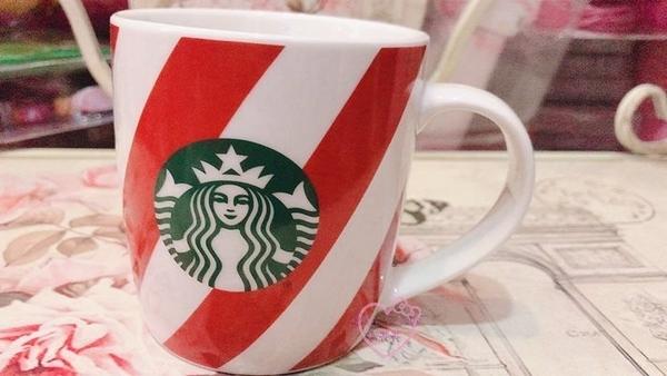 小花花日本精品星巴克聯名款聖誕節紀念款紅白條紋馬克杯水杯聖誕限定馬克杯現貨