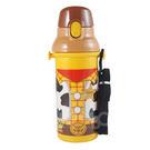 ◆彈蓋式開口設計 ◆內附可調整式背帶及姓名貼紙一 ◆大口徑瓶口,易清潔 ◆日本製