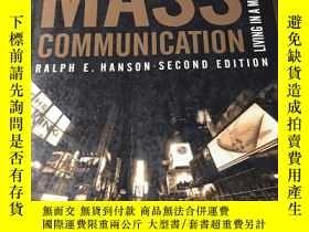 二手書博民逛書店MASS罕見COMMUNICATION LIVING IN A MEDIA WORLD (大眾傳播:生活在媒體世界