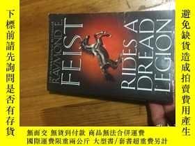 二手書博民逛書店RAYMOND罕見E FEIST RIDES A DREAD LEGIONY16129