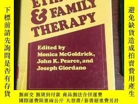 二手書博民逛書店Ethnicity罕見and Family Therapy (T