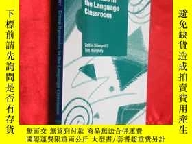 二手書博民逛書店Group罕見Dynamics in the Language