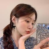 耳環 絲絨秋冬蝴蝶結耳環氣質韓國網紅耳釘女2020年新款潮高級感耳飾【快速出貨】