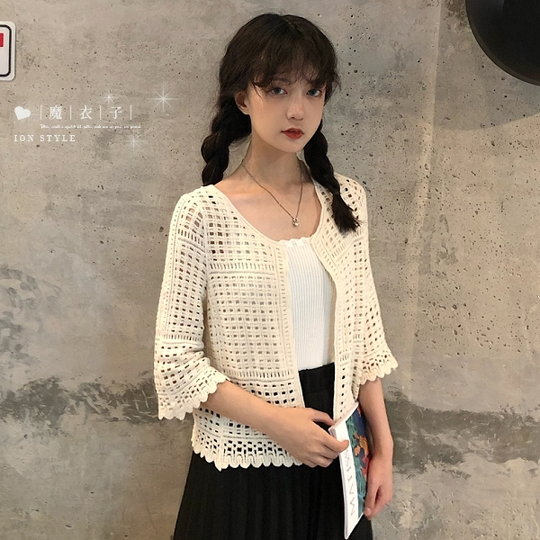 【QV9165】魔衣子-摟空針織短款七分袖小外套