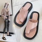 套趾平跟涼拖鞋女夏季2021時尚百搭韓版夾腳趾人字拖平底沙灘鞋潮 依凡卡時尚