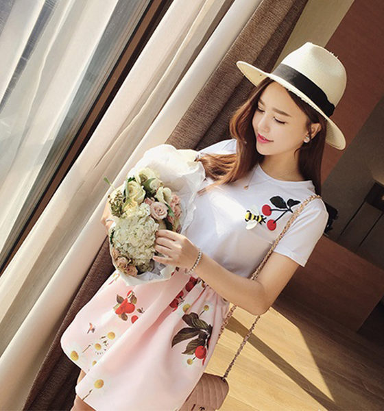 【Fabulous!!】可愛櫻桃質感緞面小澎裙+立體拼貼圓領上衣(二件套組)