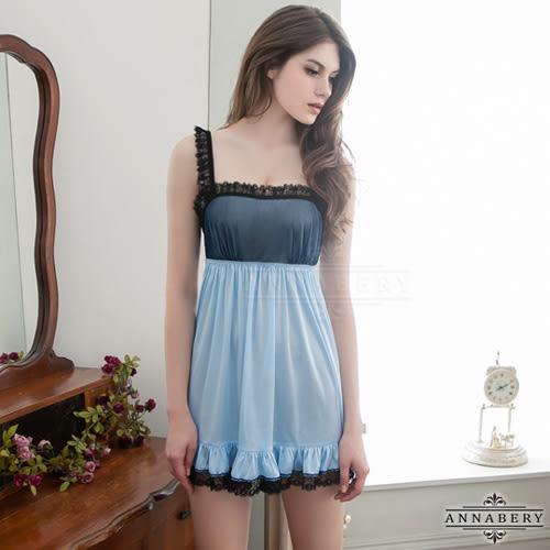 大尺碼Annabery天空藍綴黑蕾絲魅惑柔緞面睡衣《生活美學》