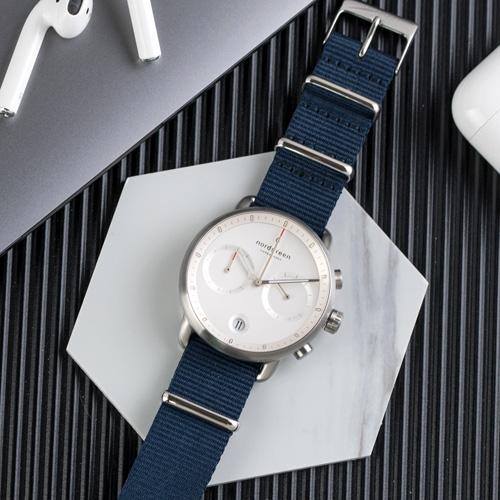 Nordgreen 42mm 北歐藍尼龍錶帶 Pioneer先鋒 北歐設計師手錶 藍寶石鏡面 計時錶 月光銀殼 皓白錶盤