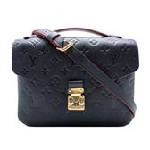 【台中米蘭站】全新品 Louis Vuitton Pochette Metis 全皮壓紋斜背郵差包(M44071-海軍藍x紅)