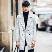 風衣外套-英倫時尚紳士翻領中長版條紋男大衣73ip65[時尚巴黎]