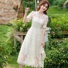 夢幻刺繡花朵透視蕾絲V領短袖小禮服洋裝[...