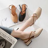 涼鞋女包頭交叉綁帶韓版學生百搭中粗跟一字扣奶奶方頭    蘑菇屋小街