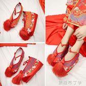 秀禾鞋新款內增高跟鞋中式新娘鞋千層底紅色繡花鞋秀禾服女鞋  一米陽光