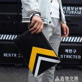 男士手包2019新款潮個性休閒手拿包手抓包軟皮信封包時尚男式夾包 名購居家