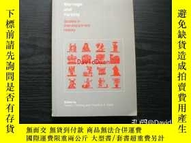 二手書博民逛書店Marriage罕見and fertility : studies in interdisciplinary hi