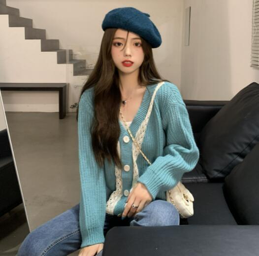 VK旗艦店 韓系大碼寬鬆蕾絲單排釦針織V領單品長袖上衣