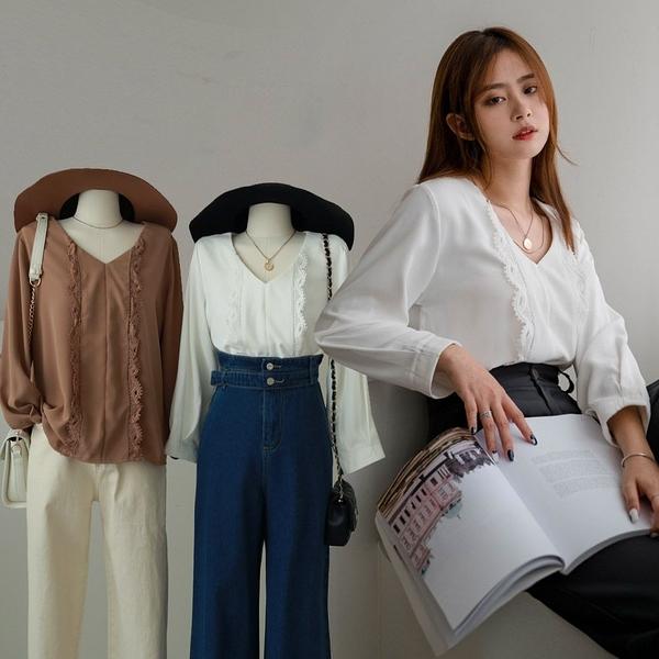 現貨-MIUSTAR V領蕾絲邊造型厚雪紡上衣(共2色)【NJ0180】