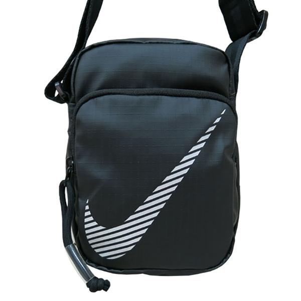 NIKE 側背包 Heritage Crossbody 大logo設計 大勾 小包 斜背包 黑色 DB4696 得意時袋