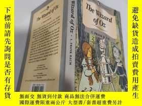 二手書博民逛書店the罕見wizard of oz 綠野仙蹤Y200392