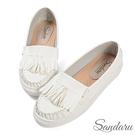 莫卡辛鞋 抓皺縫線流蘇軟底休閒鞋-白