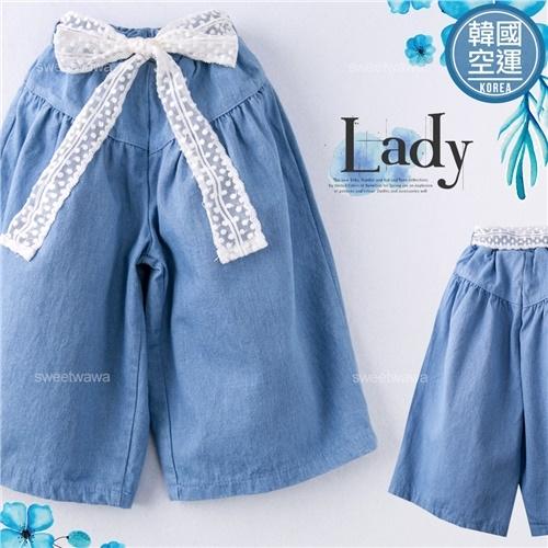 韓國童裝~點點紗花造型腰帶牛仔寬褲~(250293)【水娃娃時尚童裝】