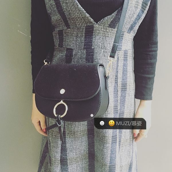 〈 서울역 首爾站 〉明星款反絨皮圓環包女包簡約斜挎馬鞍包時尚faye包頭層牛皮包