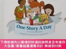 二手書博民逛書店加拿大DC原版繪本罕見One Story A Day 365個英文天天故事會 每天一個磨耳朵睡前
