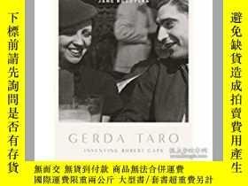 二手書博民逛書店Gerda罕見Taro: Inventing Robert Ca