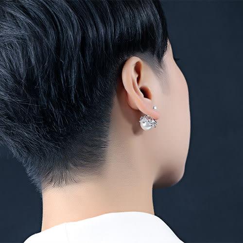 《 QBOX 》FASHION 飾品【E100N688】 精緻秀氣皇冠珍珠鑲鋯石鍍白K金插式耳環
