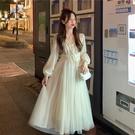 年會禮服 法式禮服女冬v領白色網紗仙女裙長款超仙法式初戀年會連衣裙【快速出貨八折搶購】