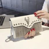 小包包女夏季新款流蘇手包韓版個性時尚百搭氣質手拿包女    韓小姐