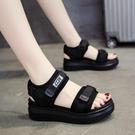 運動涼鞋女2021夏季新款中跟網紅鬆糕鞋子厚底坡跟平底學生沙灘鞋 黛尼時尚精品