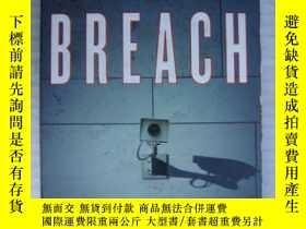 二手書博民逛書店Security罕見Breach ( 英語原版書 )Y14681