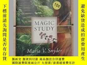 二手書博民逛書店英文原版罕見Magic Study by Maria V. Sn