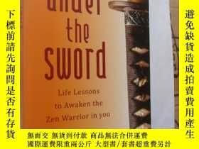 二手書博民逛書店UNDER罕見THE SWORD:life lessons to