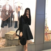 吊帶裙 小個子吊帶小黑裙兩件套女2019春秋復古收腰小香風背帶連身裙套裝 交換禮物