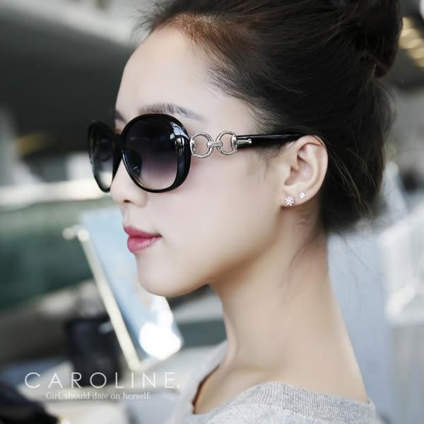 《Caroline》★年度最新.流行時尚潮人百搭明星抗UV太陽眼鏡 67393 標檢局D74321