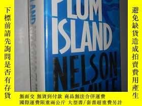 二手書博民逛書店Plum罕見Island by Nelson DeMille 英