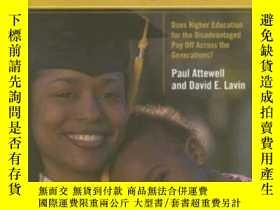 二手書博民逛書店Passing罕見The TorchY256260 Attewell, Paul  Lavin, David