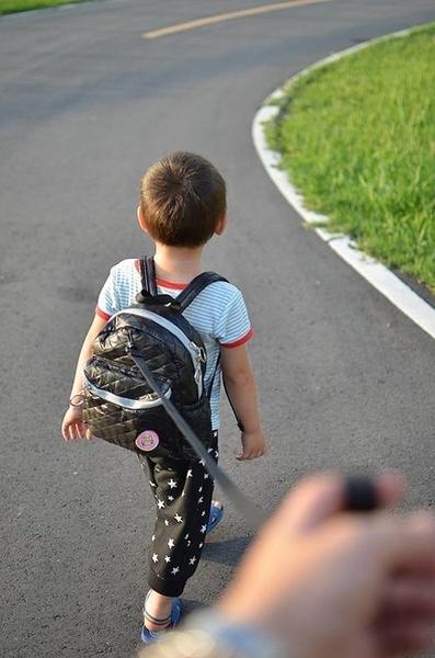 QBBLAND QBB 愛北比樂園 小小孩背包 幼兒背包 防走失包 小童包 空氣包無重力 防潑水 點點控