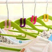 ✭慢思行✭【N149】防滑植絨衣架掛鉤(十入) 衣櫃 懸掛 疊加 套入 重疊 衣服 褲子 晾乾 通風