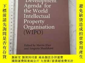 二手書博民逛書店Negotiating罕見a Development Agenda for the World Intelle