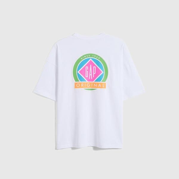 Gap男裝 厚磅密織系列Logo貼袋純棉寬鬆T恤 697708-白色
